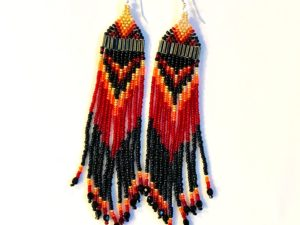 Beaded Native American earrings in red/black mix