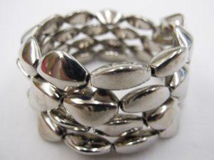 The wave Bracelet by Linda Toye