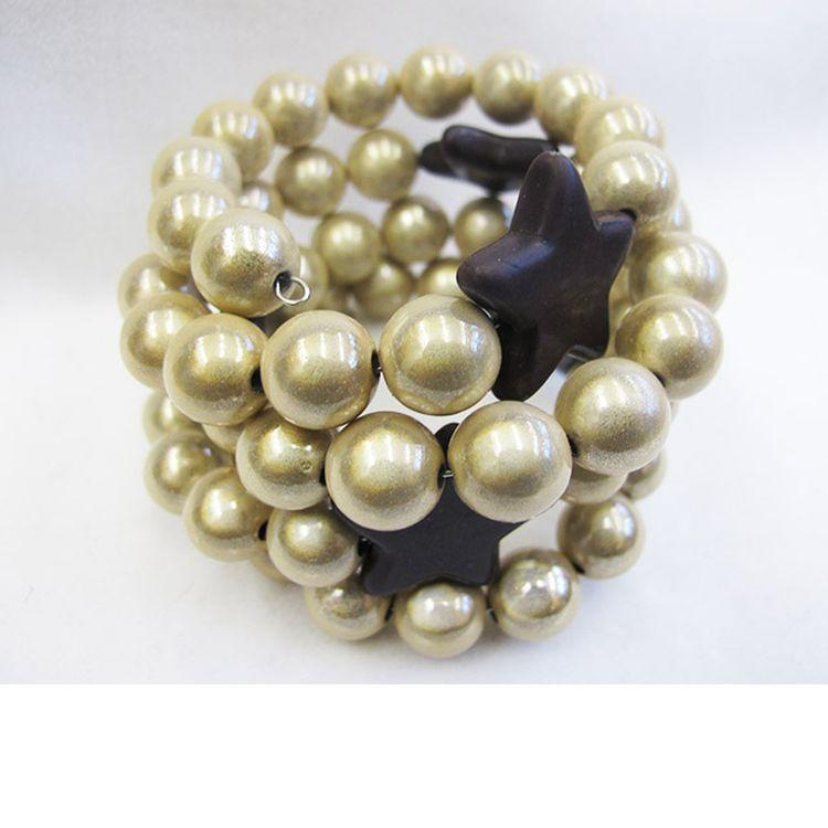 Star Bracelet in Cream/DarkBrown