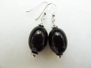 Large Olive Earrings in Black