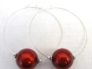 Viki Hoops in Red