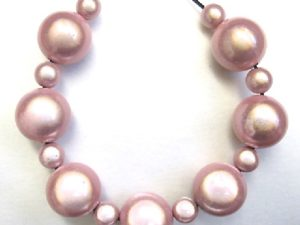Bubble Necklace in Pink