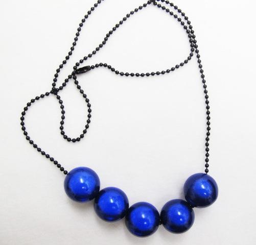 EazyBeezy Party Balls in Dark Blue