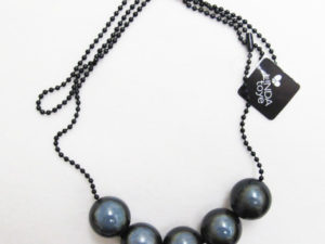 EazyBeezy Party Balls in Black