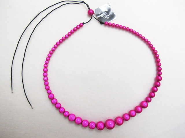 Large to small Necklace Fuchsia