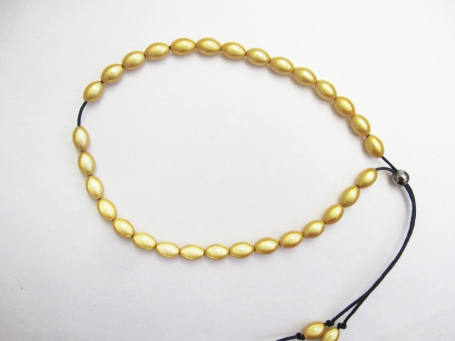 Olive Bead Necklace Short